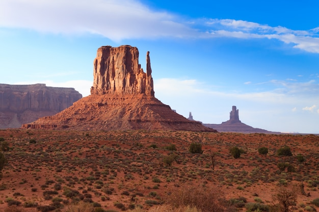 Panorama de monument valley, arizona, ee.uu.
