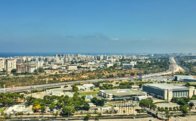 Panorama de tel aviv con una vista de las áreas del norte de tel aviv y el mar