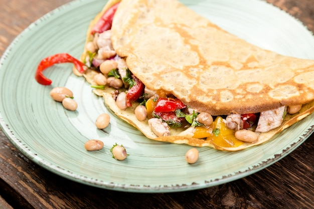 Panqueque de alforfón. quesadilla mexicana.