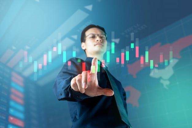Pantalla táctil digital de empresario para el mercado bursátil