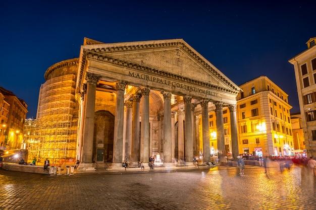 Panteón en roma, italia
