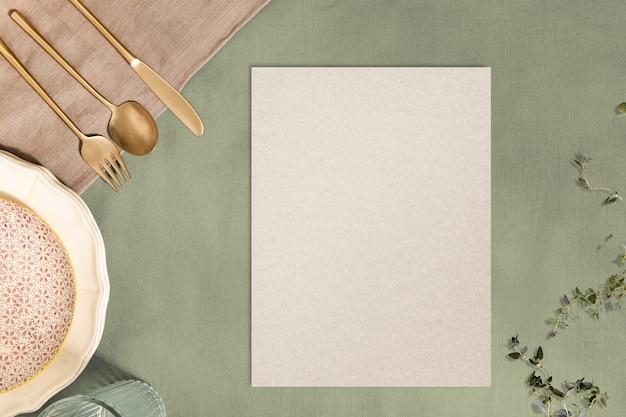 Papel en blanco, fondo de mesa de cena estética