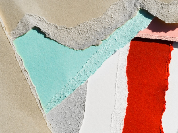 Papel rasgado colorido