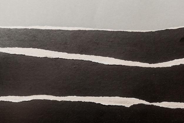 Papel rasgado negro