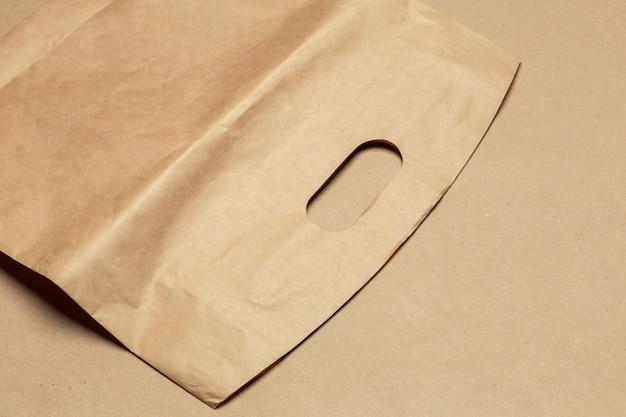 Papel reciclado artesanal