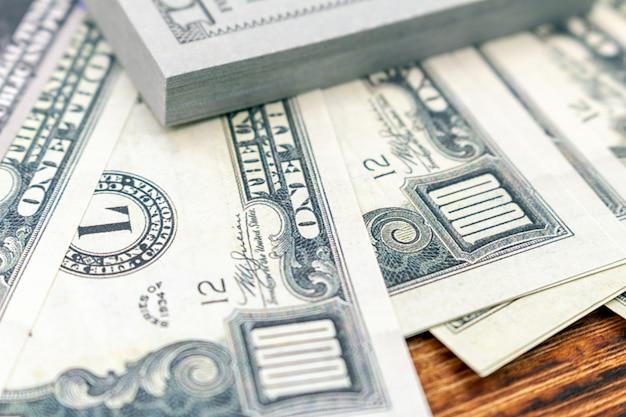 Paquete de billetes de dólares. concepto de moneda de economía financiera