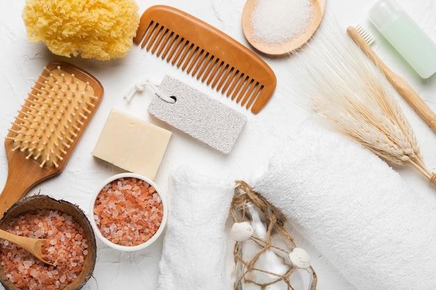 Paquete de concepto de baño spa para higiene