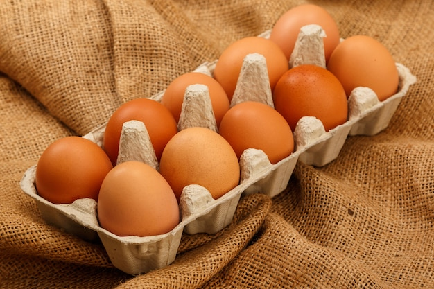 Paquete con huevos