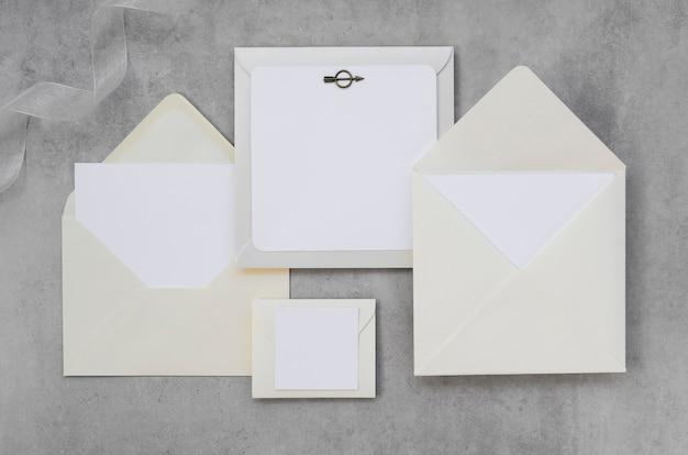 Paquete de invitación de boda vacía