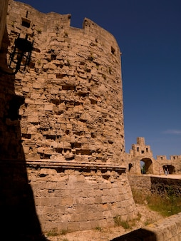 Pared exterior antigua en rhodes grecia