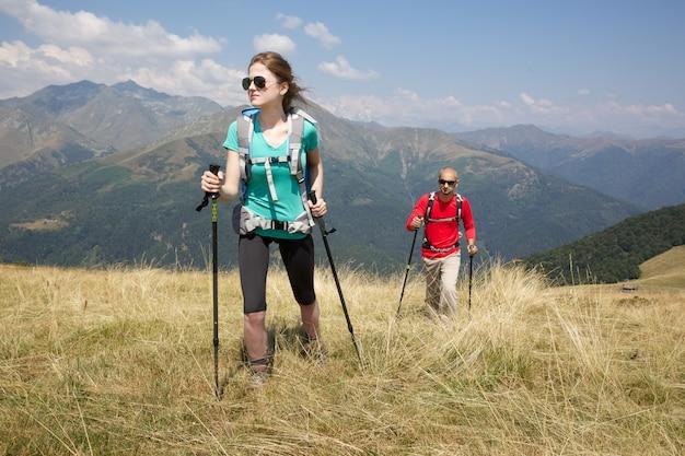 Pareja de excursionistas