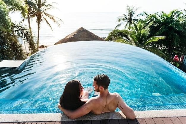 Una pareja de vacaciones