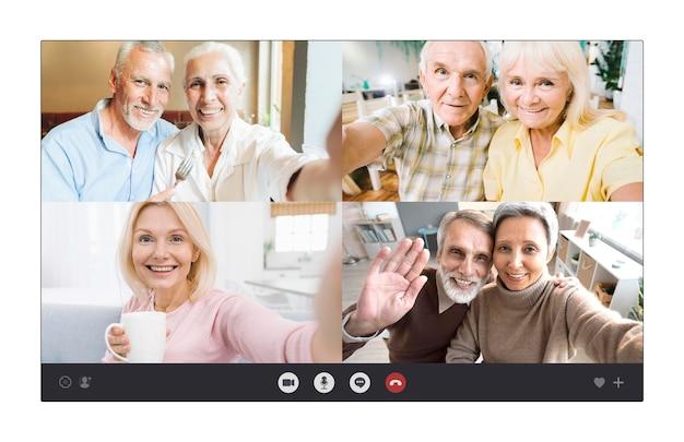 Parejas de ancianos hablando juntas a través de una videollamada