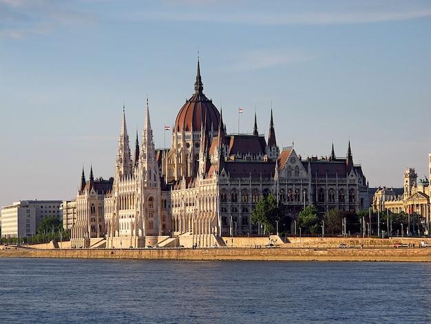 El parlamento en budapest, hungría
