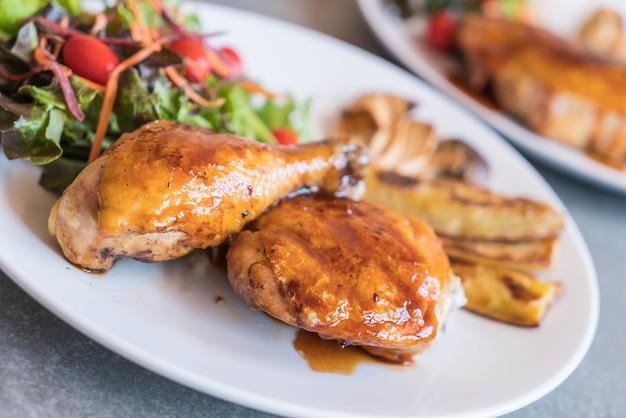 Parrilla filete de pollo con salsa teriyaki