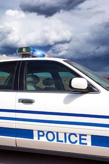 Parte del coche de policía con procesamiento fotográfico especial