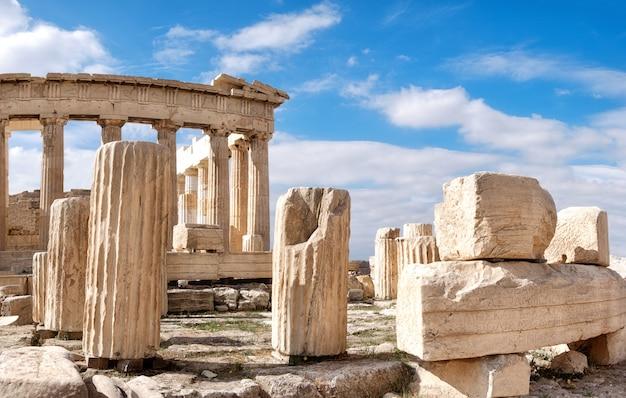 Partenón en la acrópolis, atenas, grecia