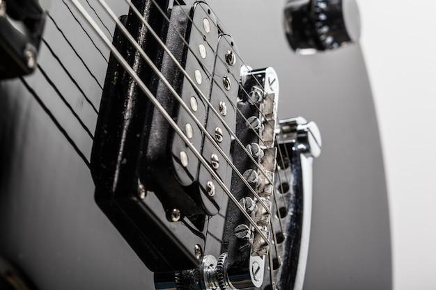 Partes de guitarra eléctrica