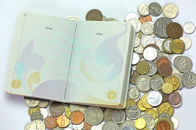 Pasaporte de tailandia en monedas internacionales