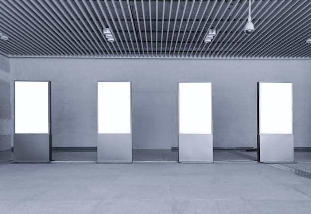 Pasarela pared del edificio fondo moderno