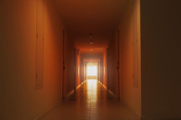 Paseo en el hotel. tailandia