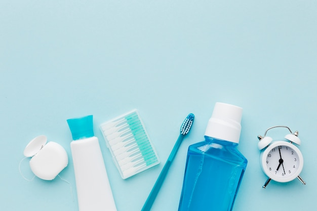 Pasta de dientes y enjuague bucal