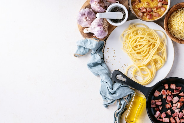 Pasta de espagueti alla carbonara