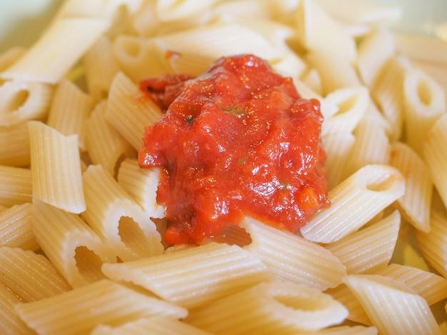 Pasta penne de tomate