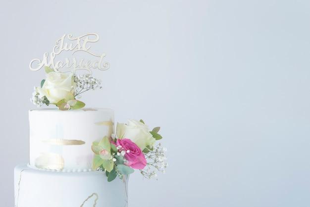 Pastel de bodas con fondant