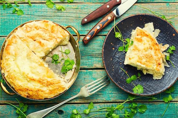 Pastel casero con queso y requesón