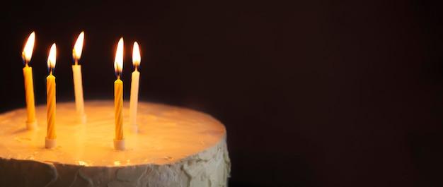 Pastel dulce para espacio de copia de aniversario