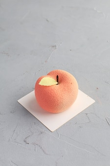 Pastel en forma de manzana. mini pastel