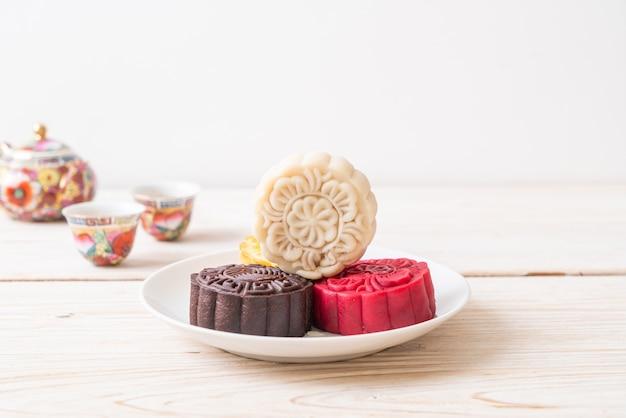 Pastel de luna chino con sabor a macadamia y chocolate blanco para el festival del medio otoño