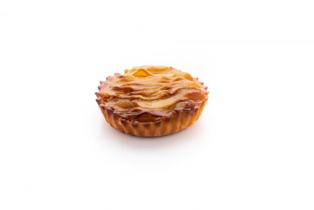 Pastel de pan plato de comida en blanco aislado