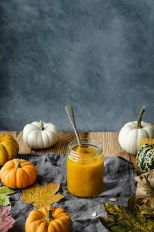 Pastel de puré de calabaza ingrediente receta de comida de otoño