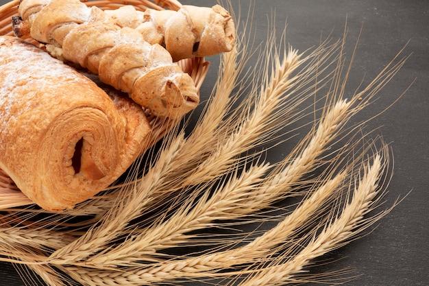 Pastelería y trigo de cerca