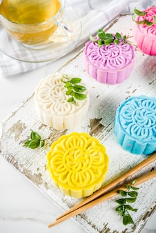 Pasteles de luna chinos de piel de nieve