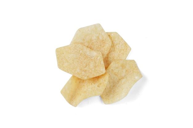 Patatas fritas aislado sobre fondo blanco.