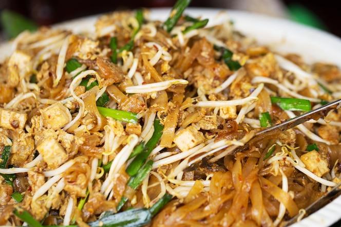 Pathai o padthai la comida tailandesa más deliciosa deliciosa de la calle de fried noodle.