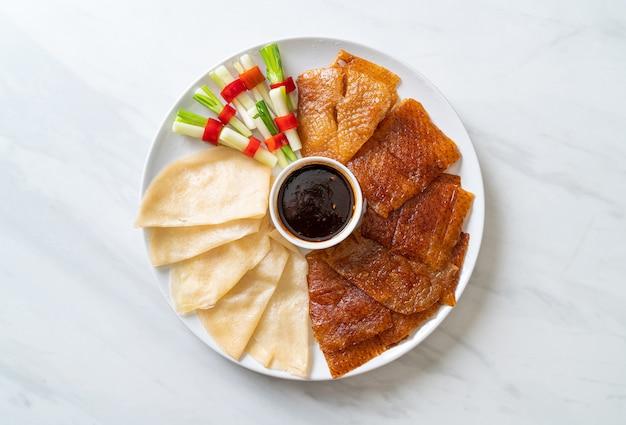 Pato pekín - estilo de comida china