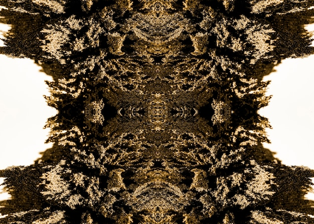 Patrón abstracto caleidoscópico de afeitado metálico aislado sobre fondo blanco.