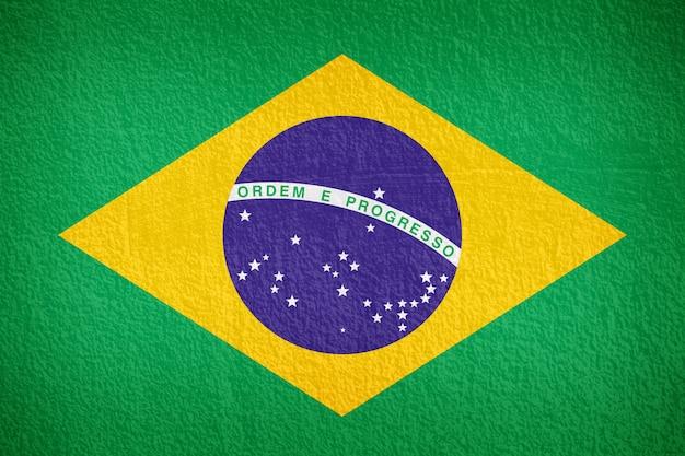 Patrón de la bandera de brasil en el muro de hormigón