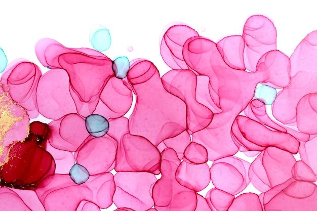 Patrón dibujado a mano verde y rosa aislado sobre fondo blanco. textura de acuarela transparente.