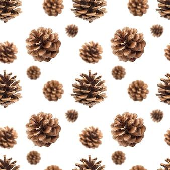 Patrón sin fisuras de conos de pino aislado en blanco