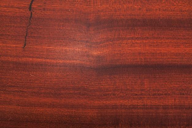 Patrón de madera roja de la superficie.