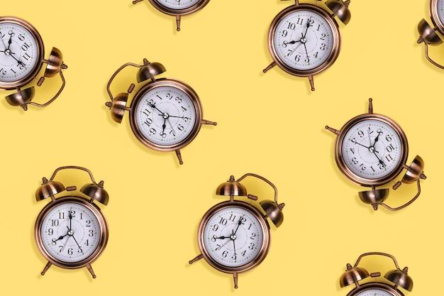 Patrón de reloj de alarma