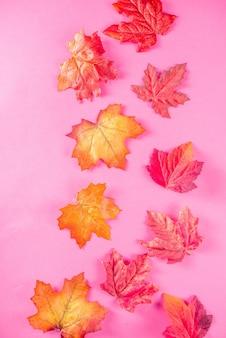 Patrón simple de hojas de otoño