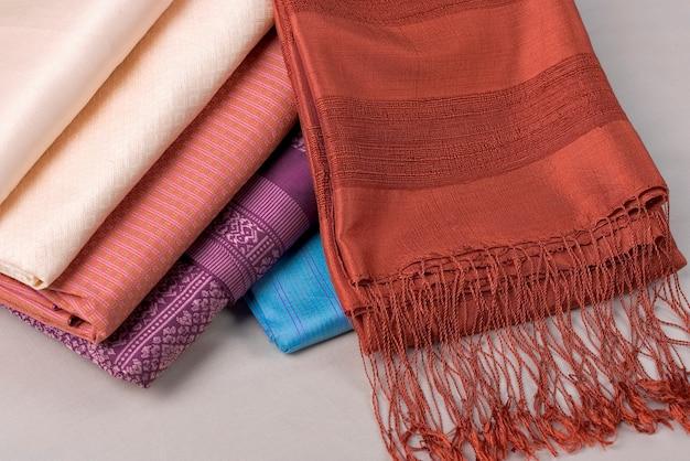 Patrón textil de seda tailandesa