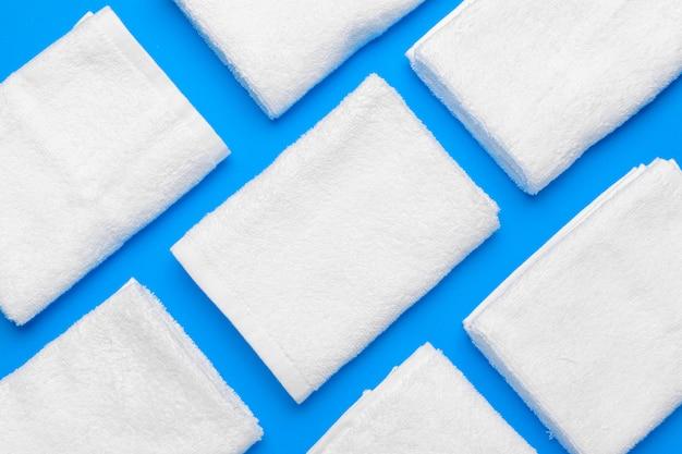 Patrón de toallas suaves y limpias