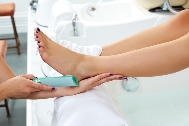 Pedicura removedor de piel muerta cuidado de pies mujer